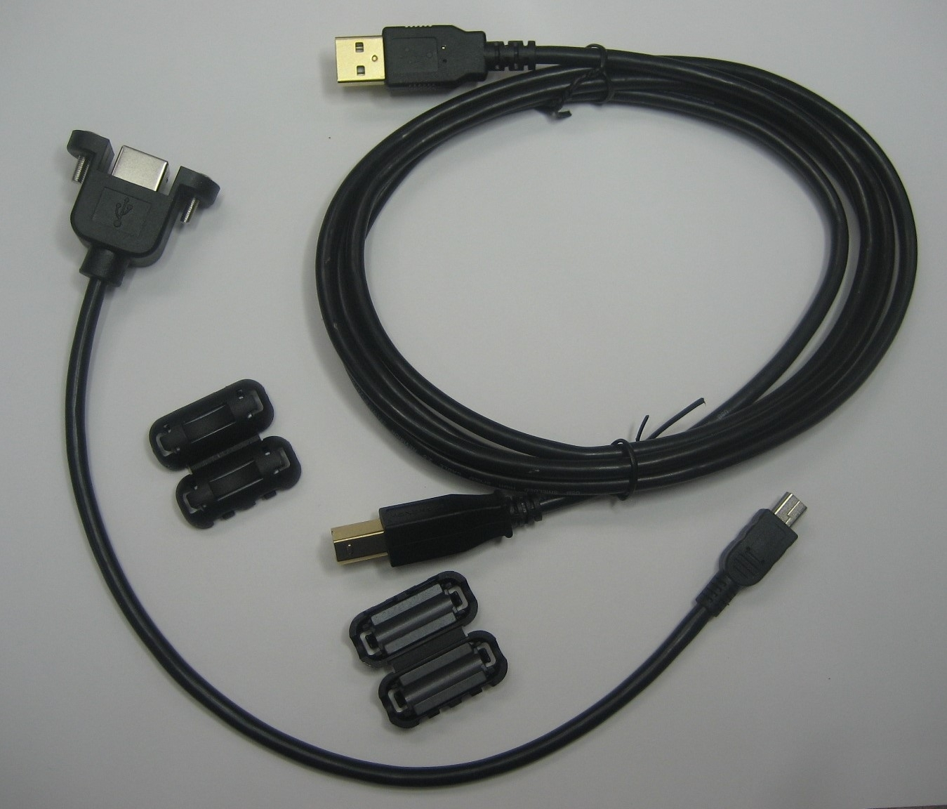 USB 2.0 Mini-B to Std-B Bulkhead Cable Kit